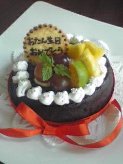 誕生日会にはやはり丸いケーキ